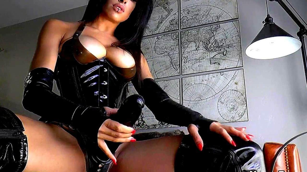 La padrona che non vuole ribelli: Mistress Isabella