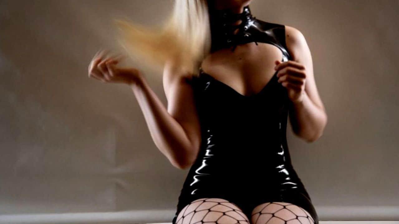 Mistress a Lecce cerca schiavi da domare